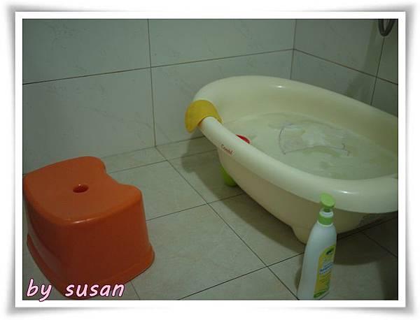 洗澡01.JPG
