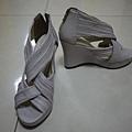 氣質女神美腿交叉抓皺楔型高跟涼鞋