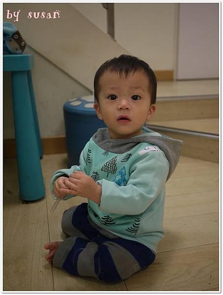 麗嬰房2015秋冬002.JPG