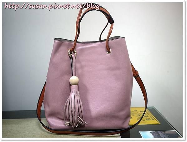 粉色水桶包04.JPG