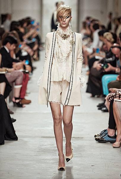 14C30.jpg.fashionImg.look-sheet.hi