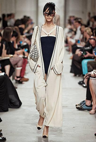 14C32.jpg.fashionImg.look-sheet.hi