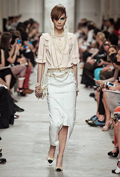 14C42.jpg.fashionImg.look-sheet.hi