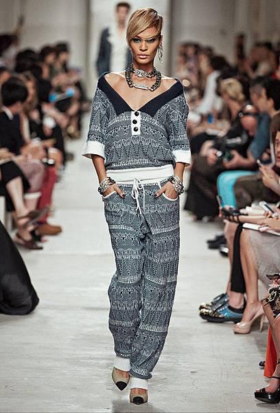 14C20.jpg.fashionImg.look-sheet.hi