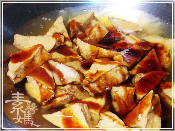 秒殺級家常菜 - 滷油豆腐05.jpg