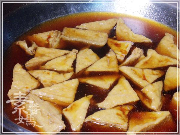 秒殺級家常菜 - 滷油豆腐07.jpg