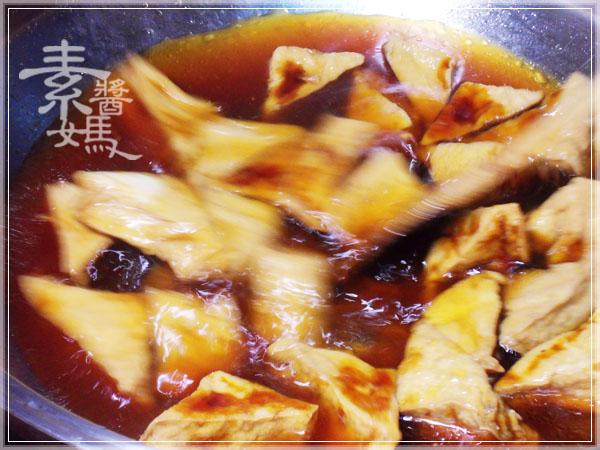 秒殺級家常菜 - 滷油豆腐06.jpg