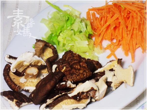 當季料理-花椰菜炒飯&花椰菜湯麵05