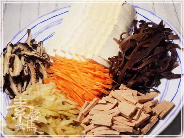 台灣小吃-榨菜酸辣湯02