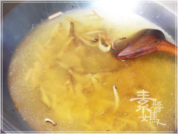 台灣小吃-榨菜酸辣湯06
