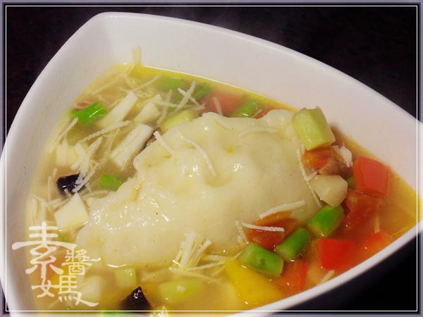 馬鈴薯餃&什錦蔬菜湯23