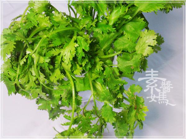 家常菜-香菜豆包捲04