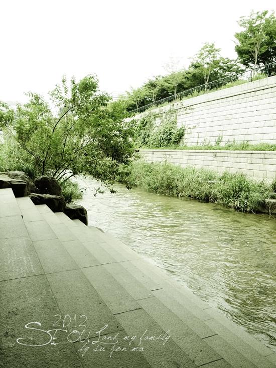 2012_8_24韓國首爾素食-清溪川-廣藏市場-樂天超市19