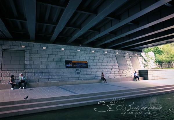 2012_8_24韓國首爾素食-清溪川-廣藏市場-樂天超市20