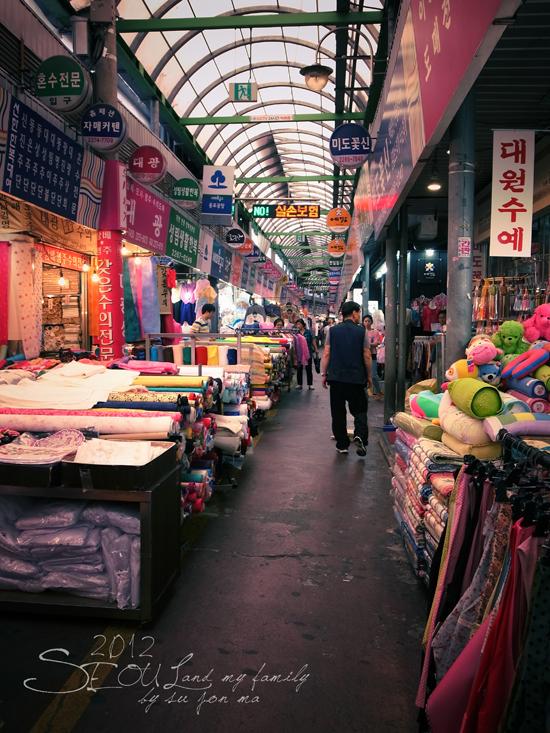 2012_8_24韓國首爾素食-清溪川-廣藏市場-樂天超市26