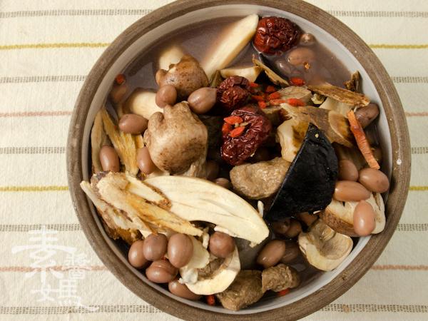 冬季補湯-素食藥燉排骨-4