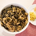 素食年菜料理-梅干(福菜)扣肉-2
