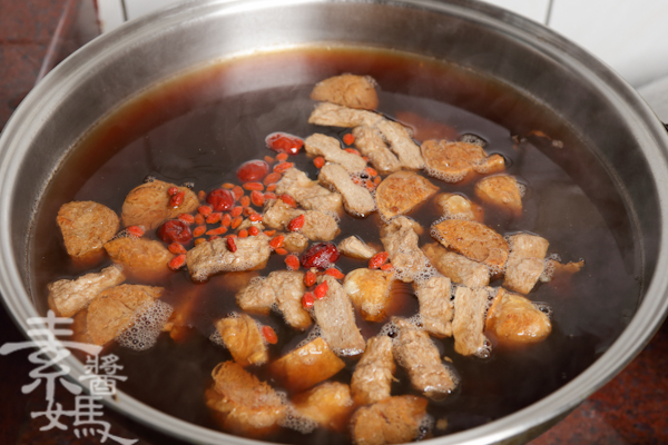 素食湯品-栗子菜圃雞-10