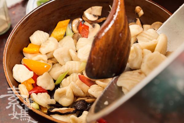 純素義式料理-青醬馬鈴薯麵疙瘩-17