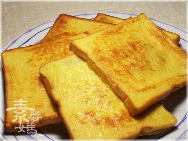 帥哥廚師到我家-肉桂糖粉法式吐司佐焦糖水蜜桃12.jpg