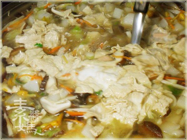 素食家常料理-大滷麵12.JPG