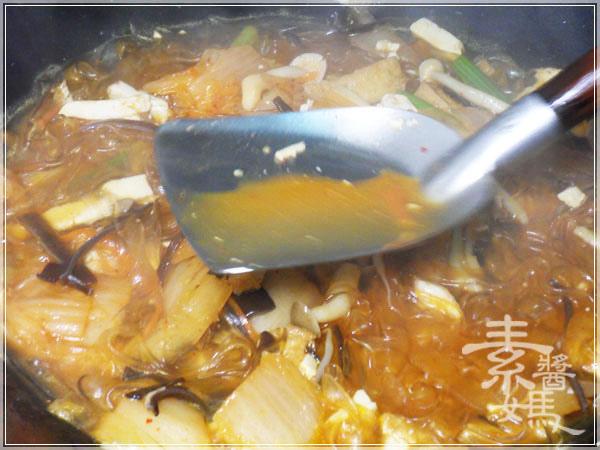 快炒料理-泡菜炒寬粉(河粉)11.jpg