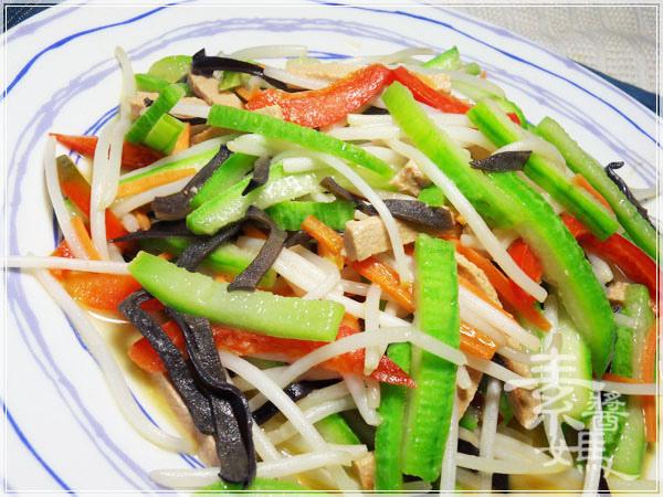 家常料理-絲瓜炒銀芽12.JPG
