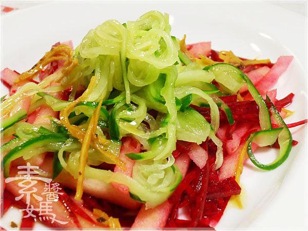 輕食料理-小黃瓜麵與甜菜根沙拉14.jpg