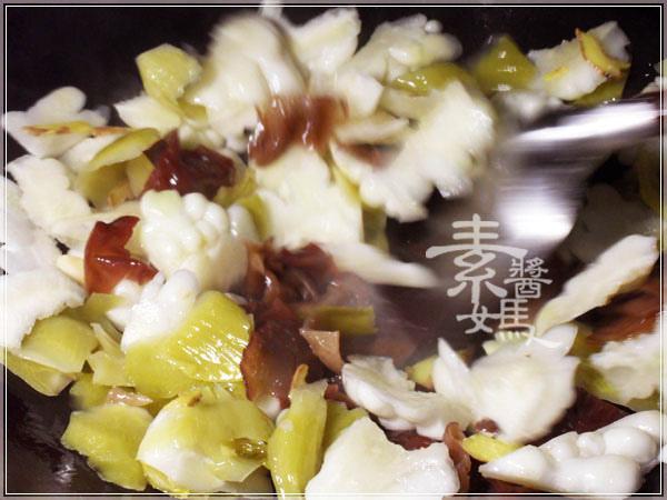 夏天開胃菜-鹹菜苦瓜06.jpg
