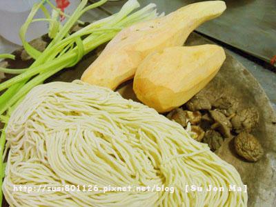 素食料理-蕃薯麵02.JPG