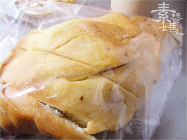 溪湖夜市-炸麻糬.佳湘麵包.阿薩姆紅茶24.jpg
