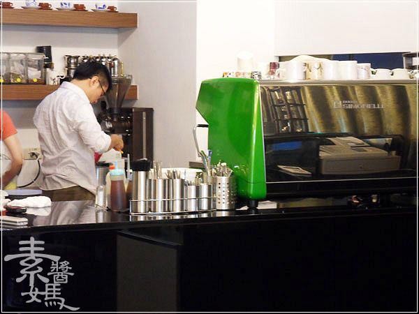 台北咖啡館-立斐米緹12.jpg