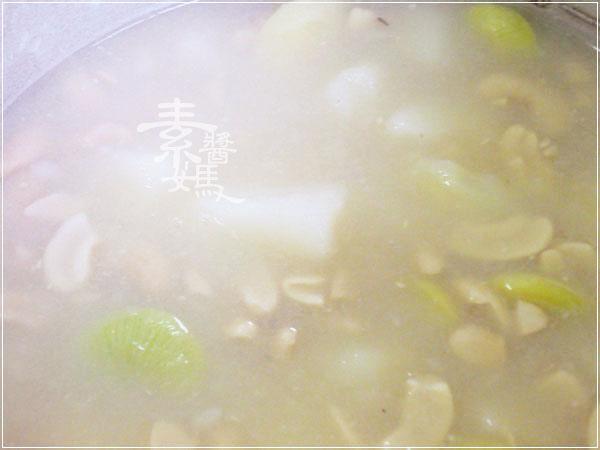 聖誕大餐系列-豆漿馬鈴薯湯03.jpg