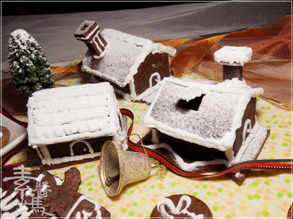 聖誕大餐系列-平底鍋做薑餅屋(人)23.jpg