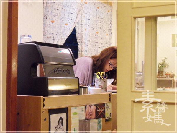 師大夜市咖啡館-步調CAFE11.jpg
