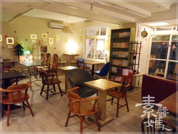 師大夜市咖啡館-步調CAFE23.jpg