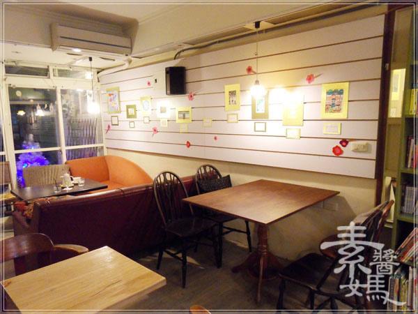 師大夜市咖啡館-步調CAFE24.jpg