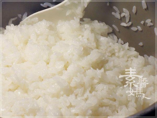 圍爐年夜飯食譜-花開富貴(花捲壽司)05.jpg