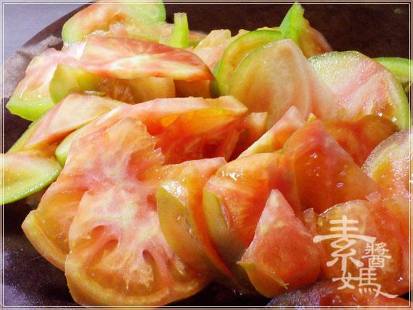 簡單家常菜-番茄炒花椰菜03.jpg