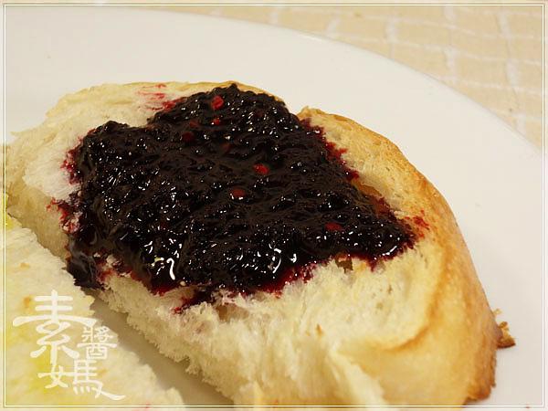 大葉高島屋戰利品-PECK義式麵包&桑葚緣桑葚果醬16.jpg