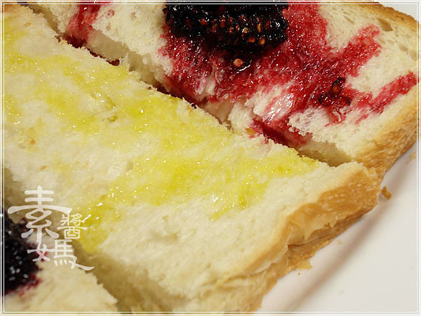 大葉高島屋戰利品-PECK義式麵包&桑葚緣桑葚果醬17.jpg
