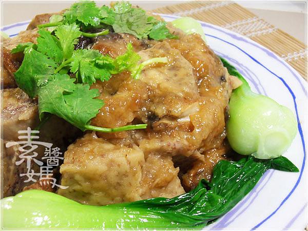 美味宴客菜-芋頭排骨17.jpg