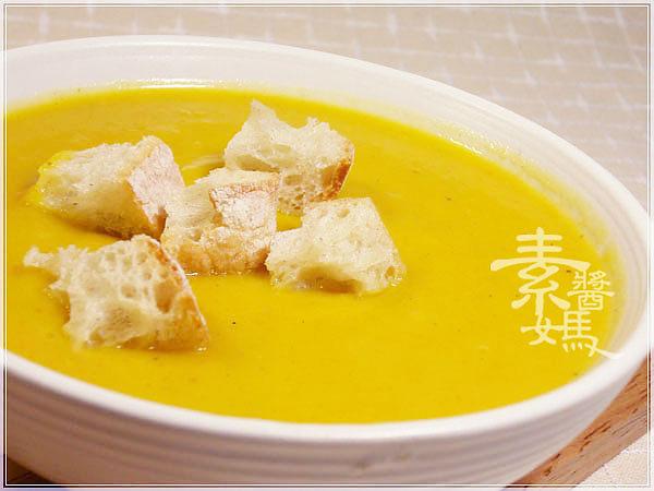簡單西式湯品-南瓜濃湯11.jpg