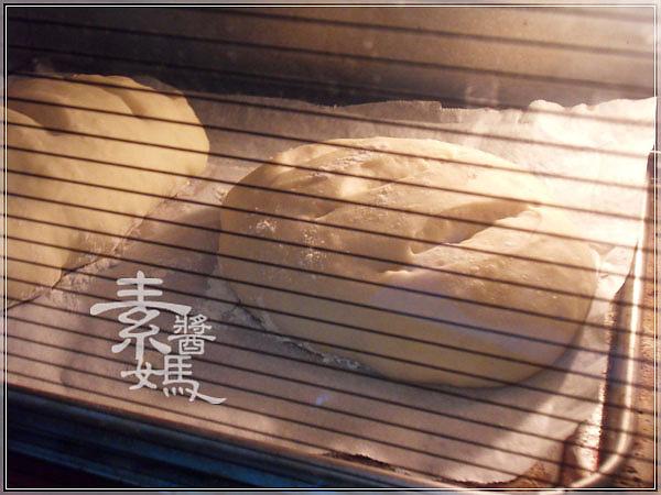 五分鐘做歐式麵包-免揉麵包15.jpg