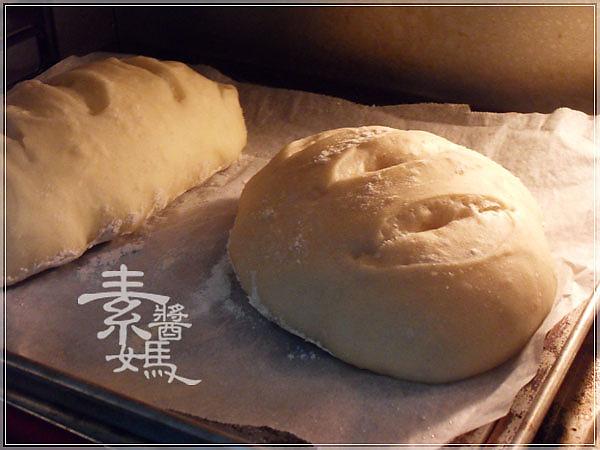 五分鐘做歐式麵包-免揉麵包16.jpg