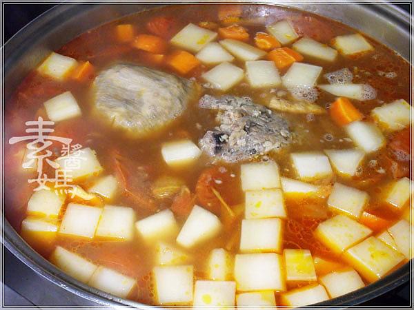 素牛肉麵-紅燒番茄麵10.jpg