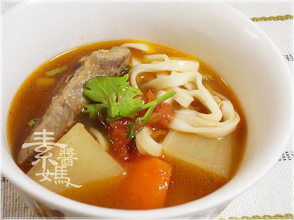 素牛肉麵-紅燒番茄麵16.jpg