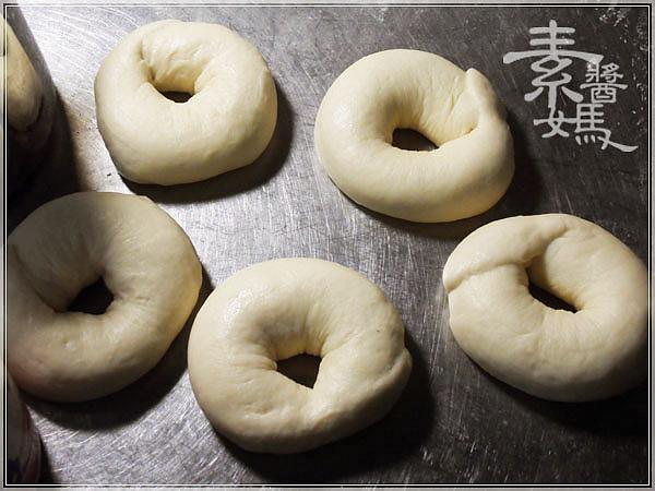 烘焙點心-貝果(培果、焙果、百吉圈) Bagel16.jpg