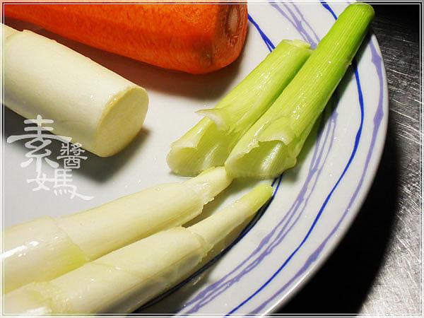 素食料理-炒筊白筍04.jpg