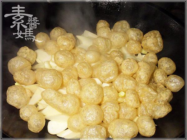 素食料理-炒筊白筍07.jpg